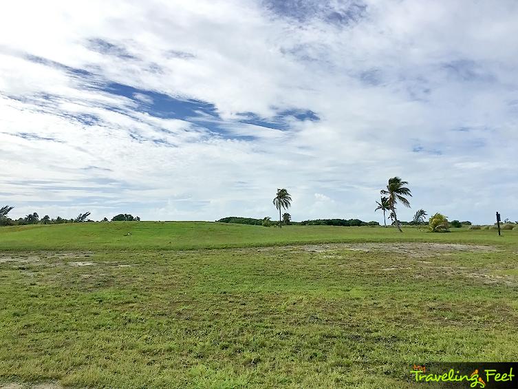 traveling-feet-caye-chapel-golf-07