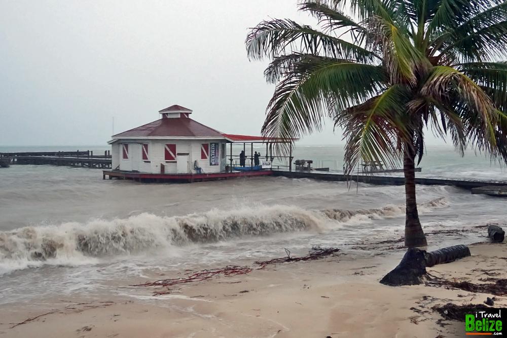 surviving-hurricane-earl-06