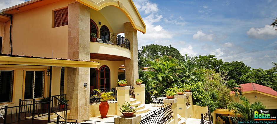 Travel Belize Cayo Stay